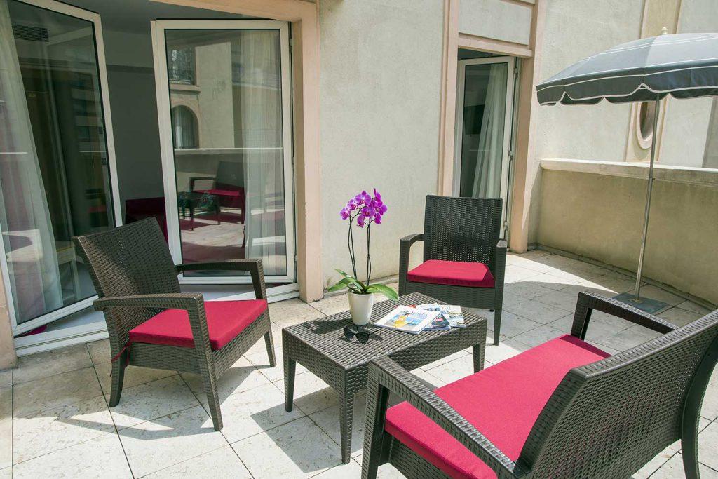 Terrasse Suite Junior de l'Hôtel Cristal Cannes