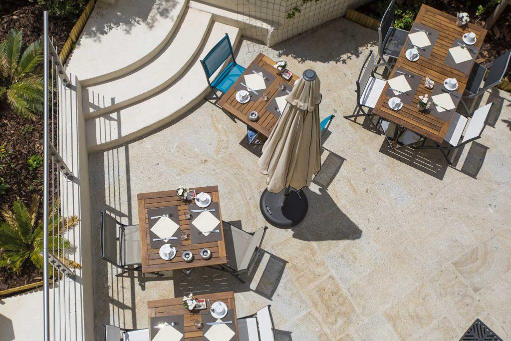 Patio de l'Hôtel Cristal Cannes